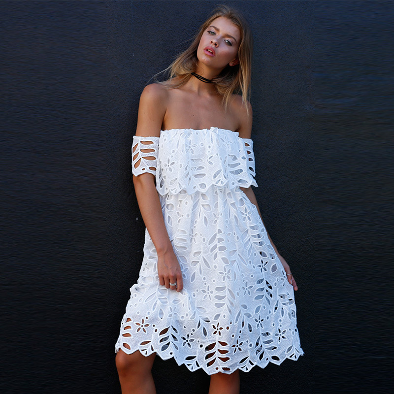 Hollow Out Strapless Lace White Dress SD518